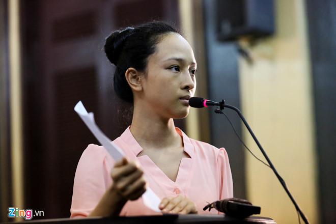 Gia han dieu tra 3 thang vu hoa hau Phuong Nga - Cao Toan My hinh anh 2