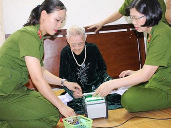Phu nhân cố Thủ tướng Phạm Văn Đồng từ trần