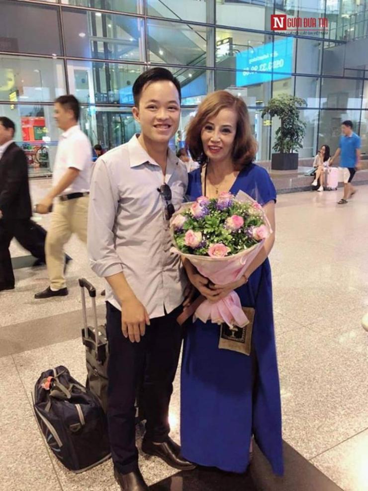 Tiết lộ sốc của cô dâu 62 lấy chồng 26 tuổi về diện mạo mới như thiếu nữ 18 - Ảnh 2.