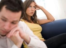 Đã là vợ chồng, 4 việc này mà để người ngoài biết sẽ có ngày hối không kịp!