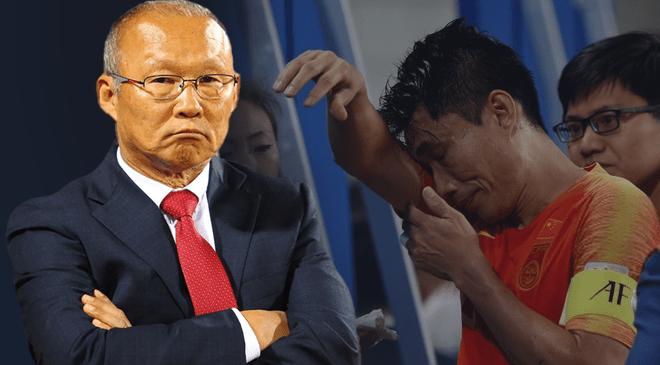 """Từ lời thú nhận của thầy Park, đừng để bóng đá Việt Nam """"mắc kẹt"""" như Trung Quốc"""