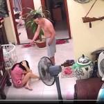 Hà Nội: Phẫn nộ cảnh võ sư đánh vợ mới sinh con 2 tháng dã man