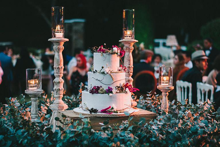 pastel de bodas moderno