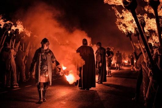 Inizio-processione-serale-up-helly-aa
