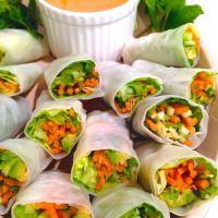 Thai Freshy Rolls with Peanut Sauce