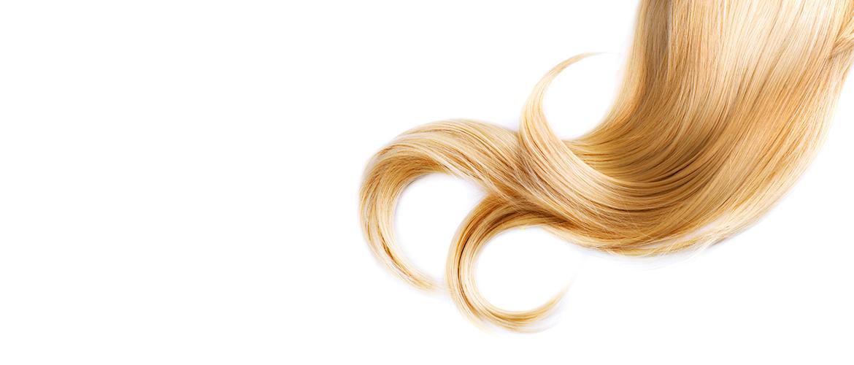 ξανθές ανταύγειες μαλλιών στο τμήμα μετεκπαίδευσης κομμωτών της σχολής Γιαννέρη Θεσσαλονίκη