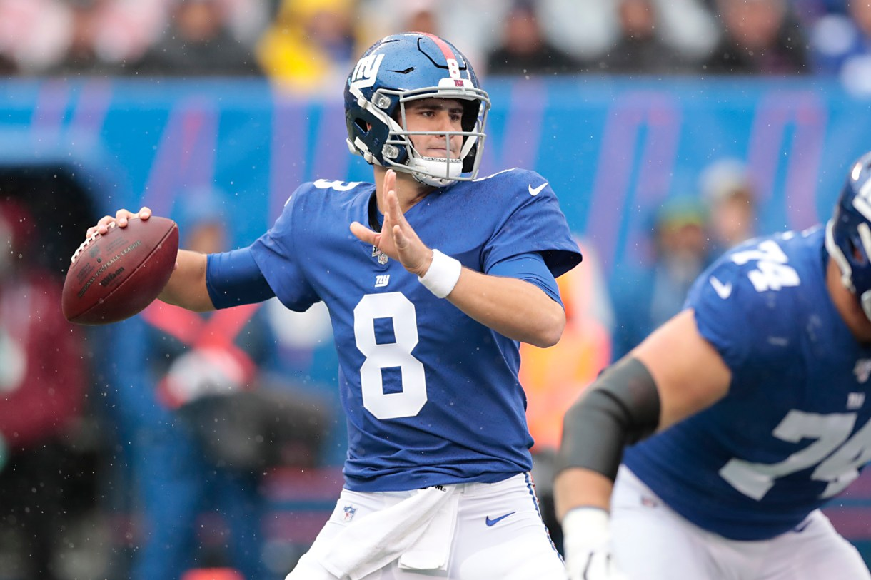 New York Giants' Daniel Jones ranked No. 2 Year 2 QB by NFL executives