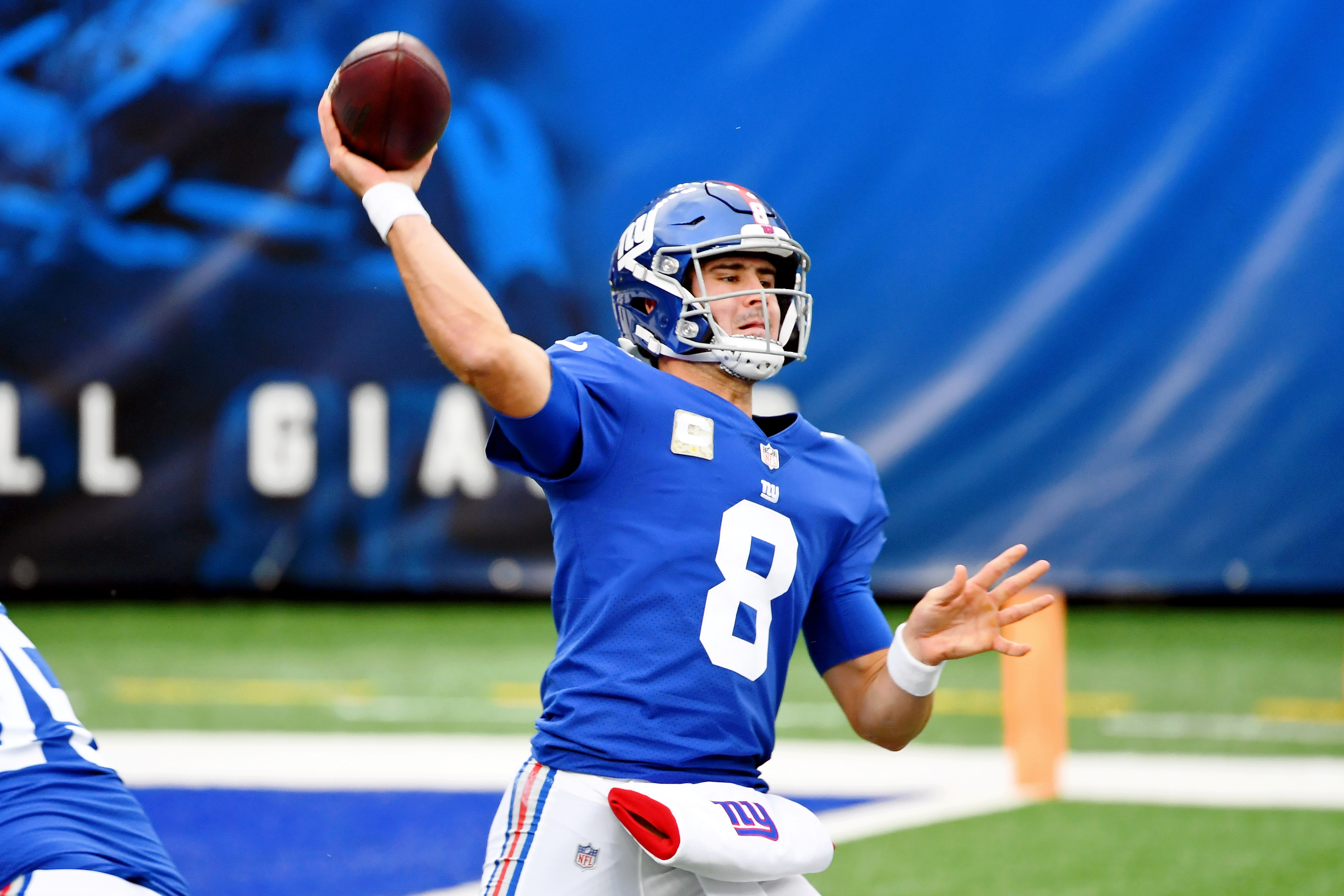 Giants' Daniel Jones won't say who he's rooting for on Thanksgiving