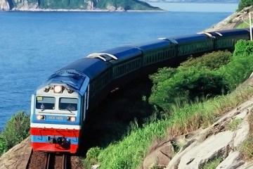 Phát hiện mất an toàn đường sắt, gọi đến đâu?