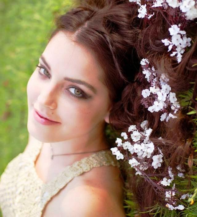 Nicole:  Depois do Palco das Canções,  As Passarelas da Beleza Feminina 30