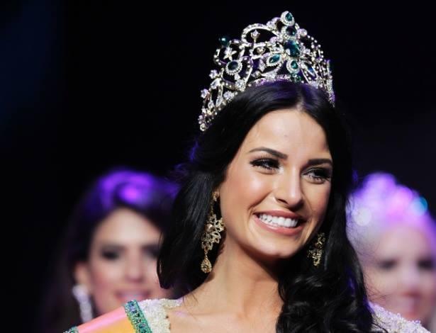 Entrevista com Julia Gama, a Miss Mundo Brasil 2014