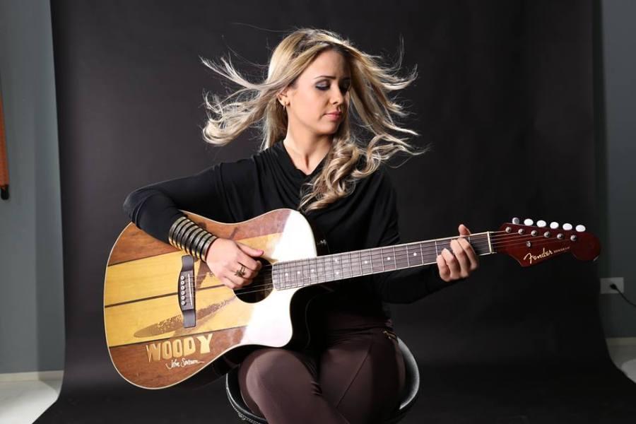 Angélica Kerr, o Despontar de Uma Estrela no Cenário Musical 23