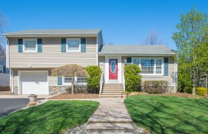 122 Demarest Avenue Emerson NJ Presented for Sale by the Gibbons Team