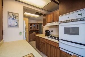 736 Bogert Rd River Edge, NJ 07661 | Presented for Sale by the Gibbons Team www.gibbonsteam.net