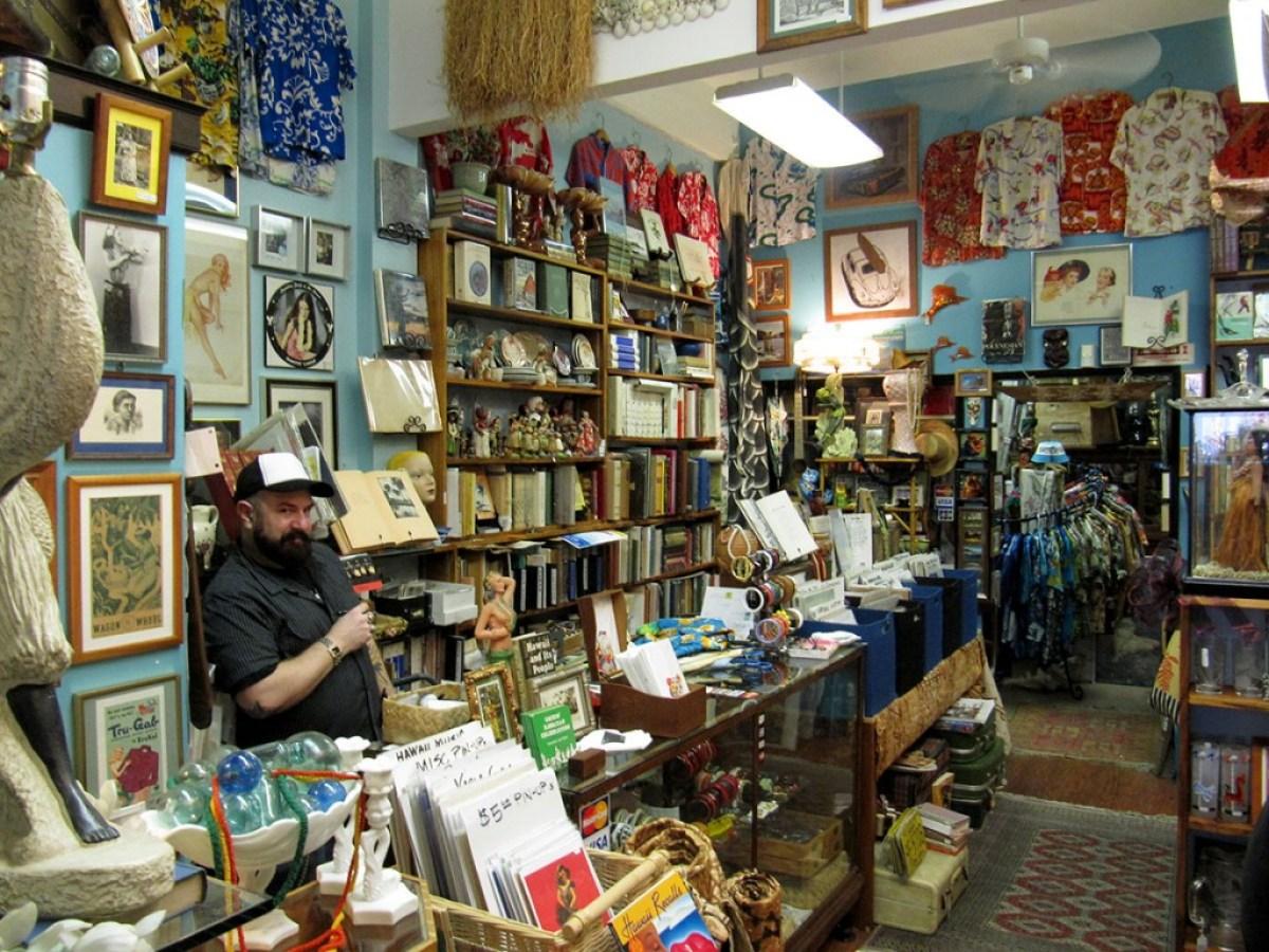 Tin Can Mailman shop in Chinatown, Honolulu