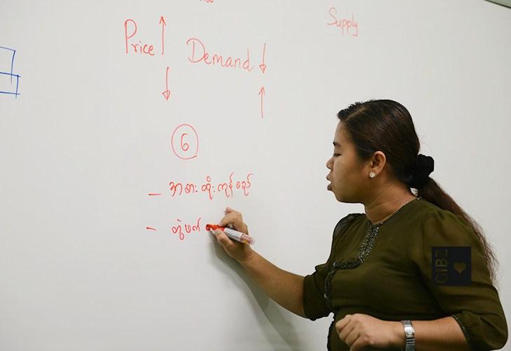 GIBZ Lehrer als Experte des CVT in Myanmar