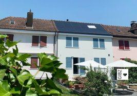 Nullenergiehaus war gestern – die Mauerklasse MR2 besichtigt ein Plus-Energiehaus