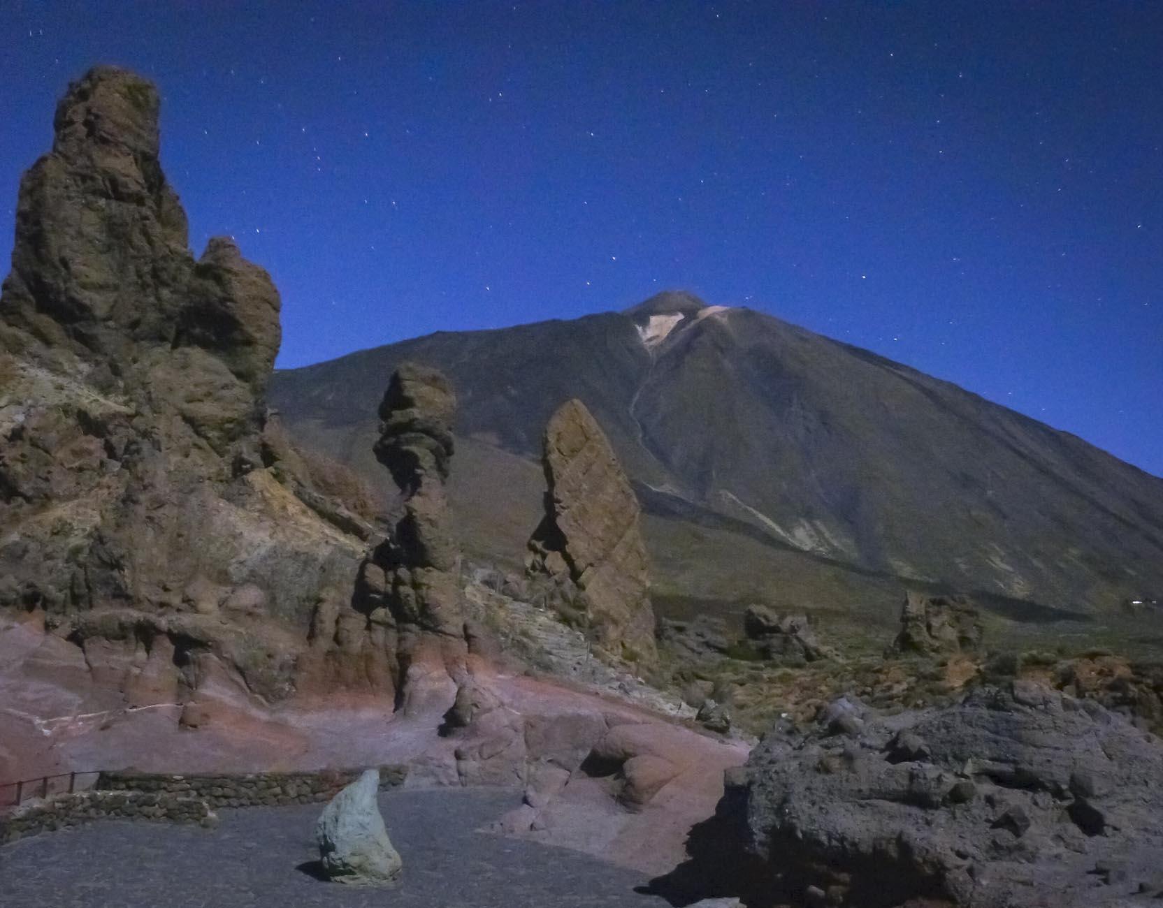 Тенерифе - вулкан Тейде ночью