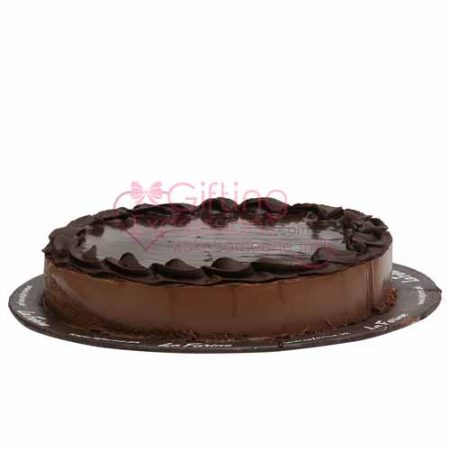 Send Chocolate Mousse Cake From La Farine To Pakistan