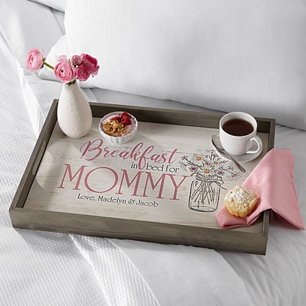 breakfast in bed for mommy