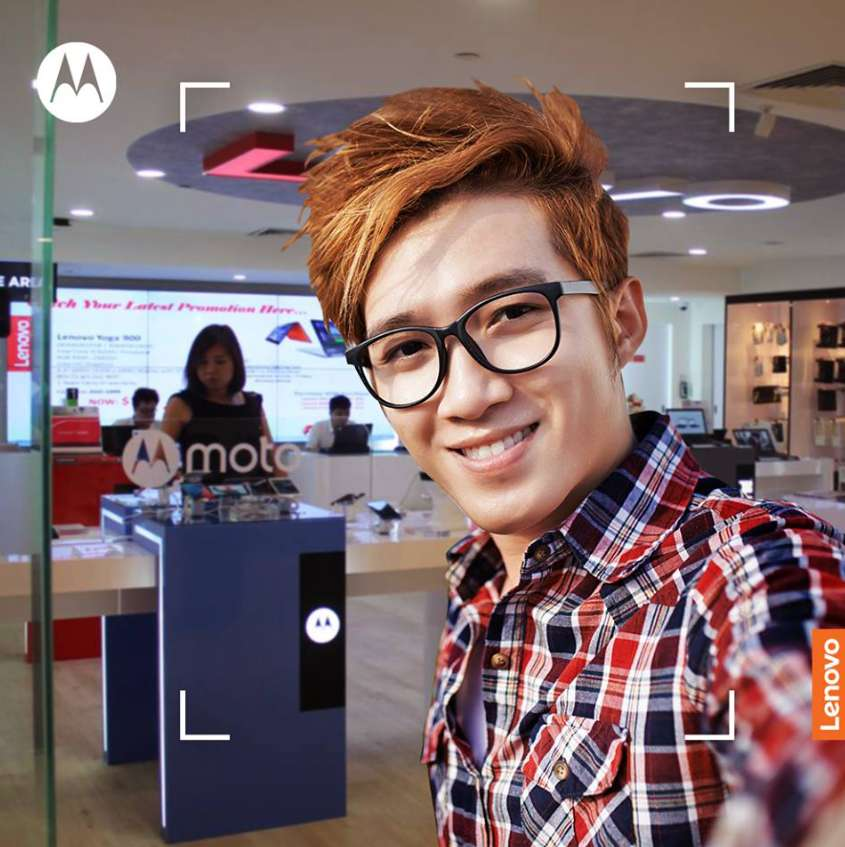 Freebies up for grabs at Moto Singapore