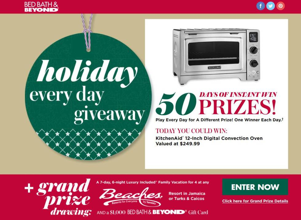 holiday-every-day-giveaway