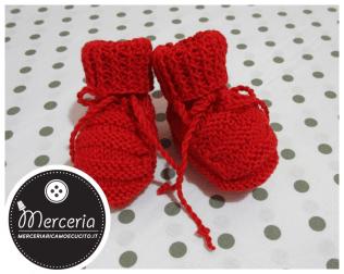 Scarpette di cotone rosse per neonato