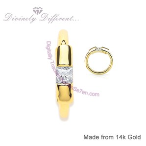 14ct Gold & Princess Cut Cubic Zirconia Belly Ring