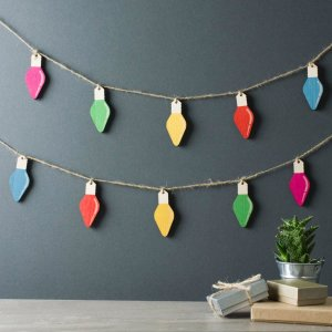 wooden-christmas-baubles-retro-fairylights-set-mlm501_1024x1024
