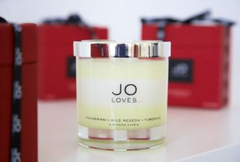 JO-LOVES-Layered-Candle-F-WR-T-w-Lid-and-Box-1