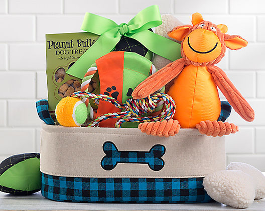 Dog Lover Pet Gift Basket At Gift Baskets Etc