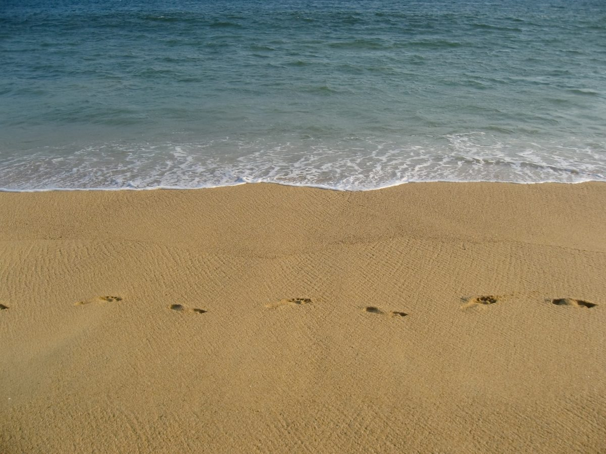 Water sand and footprints in Acapulco - Art print for sale