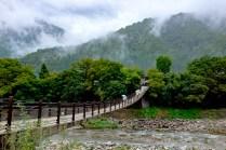白川郷吊り橋2