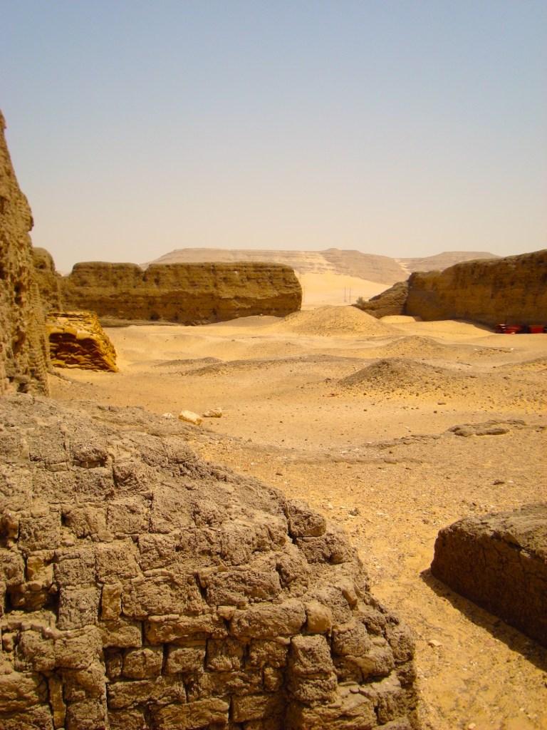 Khasekhemwy enclosure by Gigal