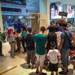 Dubai Mall busy booth