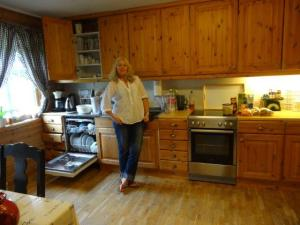 Seine Frau war weg, ich komme fast in jeder Küche zurecht...