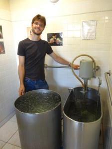 Claudio und ich erhielten Wasseranwendungen...echt super! Und die Wirkung im Körper, echt genial...