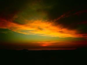 Wie die Sonne noch die Wolken anleuchtet auch wenn sie schon verschwunden ist...