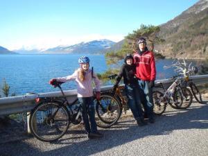 Velotour dem Fjord entlang...