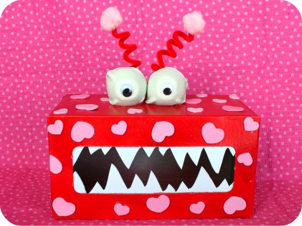 https://i1.wp.com/gigglesgalore.net/wp-content/uploads/blogger/-LzzOp4jfo9A/TyhuelLstFI/AAAAAAAAEts/jVxbE_j3UJQ/s1600/Valentine%27s%2BMonster.jpg