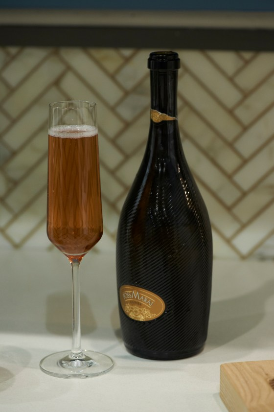 Peach Melba Bellini by Kelly Ripa.  The Perfect Summer Brunch Drink