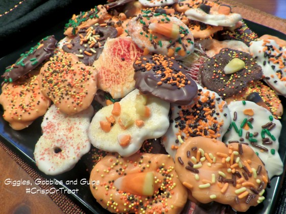 dipped pretzels with candy melts