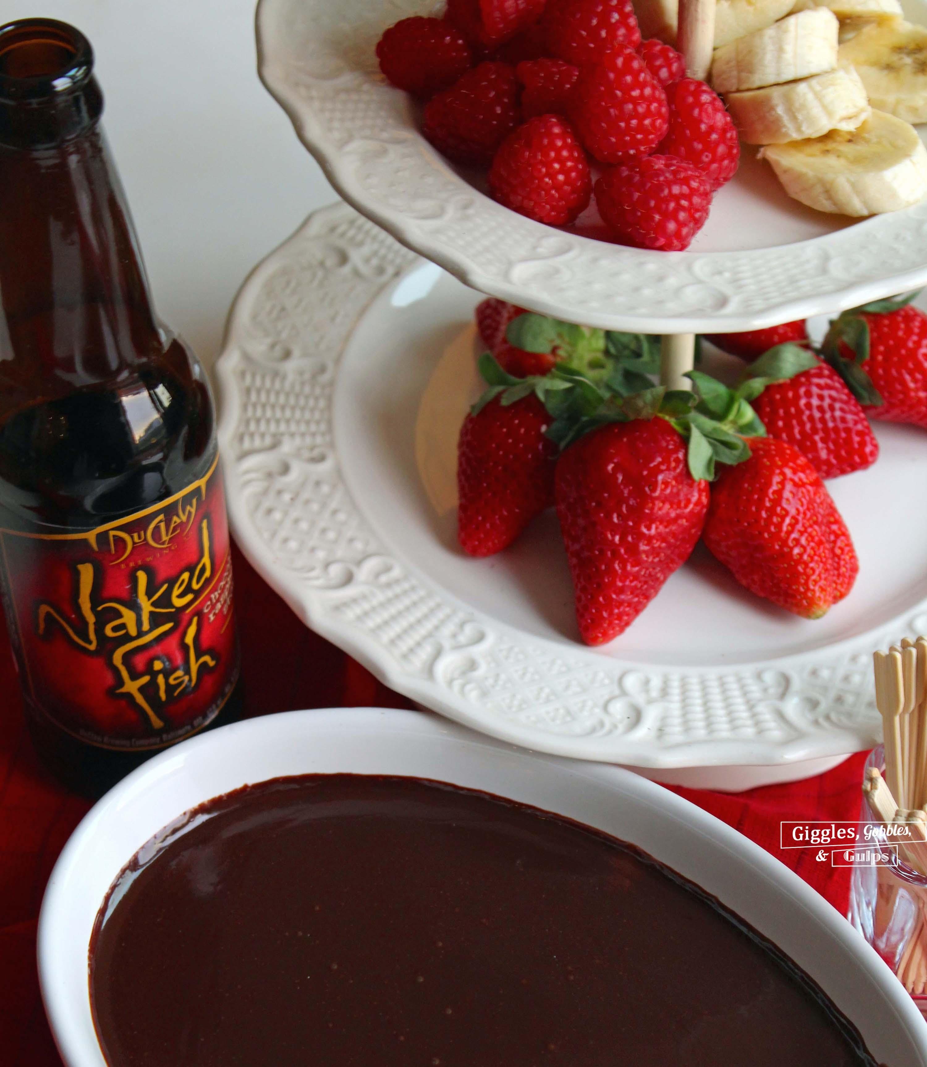 chocolate-raspberry stout fondue