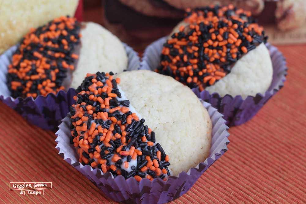 halloween dipped sprinkled cookies2