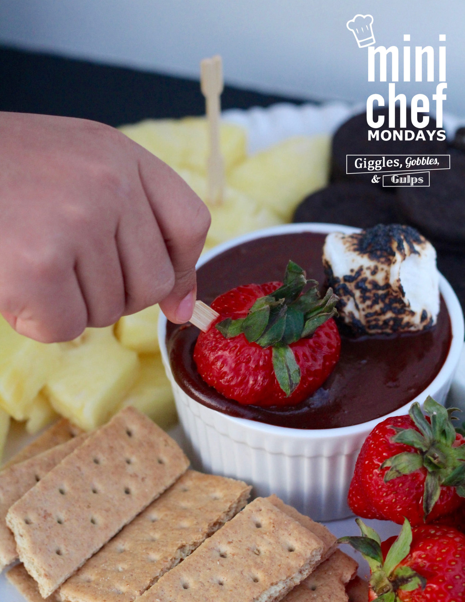 Chocolate Marshmallow Fondue - Giggles, Gobbles and Gulps