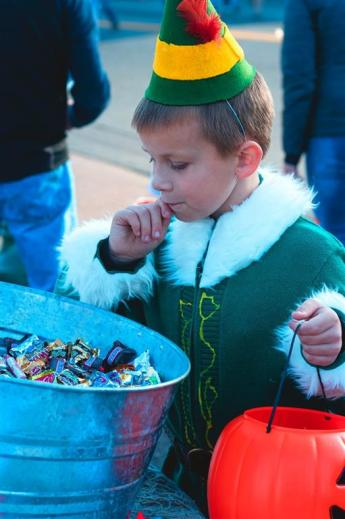 Trick or Treat in the Harbor
