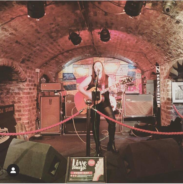 Cathy Carter At The Cavern