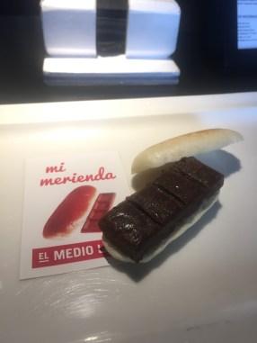EL MEDIO LLENO BAR: Mi merienda.