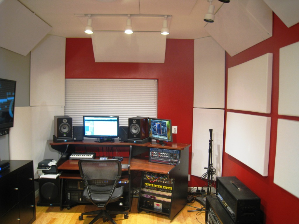 ComposerProducer Mike Plas GIK Acoustics Europe