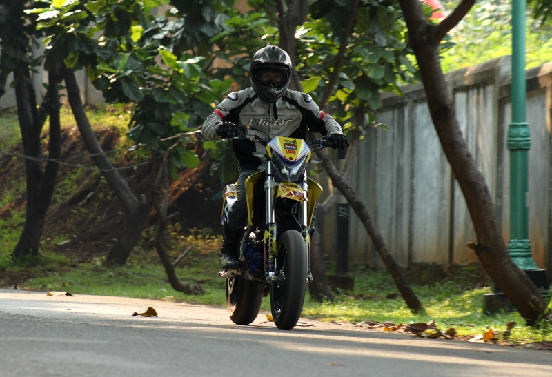 https://i1.wp.com/gilamotor.com/wp-content/uploads/2011/11/Suzuki-Satria-Supermoto-24.JPG